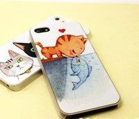 Чехол накладка для iPhone 5 / 5s / SE кот и рыба