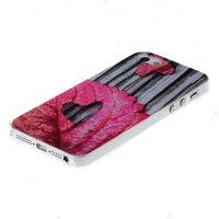Чехол накладка для iPhone 5 / 5s / SE сердечки