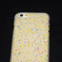 """Белый пластиковый чехол для iPhone 6 / 6s (4.7"""") матовый светящийся в темноте желтые голубые фиолетовые капли"""