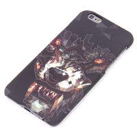 Пластиковый флуоресцентный чехол накладка для iPhone 6s / 6  ВОЛК ( светится в темноте )