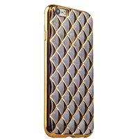 Объемный силиконовый чехол для iPhone 6s / 6 прозрачно-черный с золотистыми ромбами