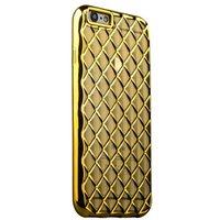 Объемный силиконовый чехол для iPhone 6s / 6 прозрачно-золотистый с золотистыми ромбами