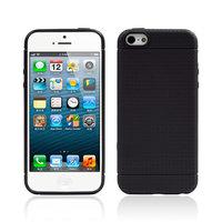 Черный защитный силиконовый чехол для iPhone SE