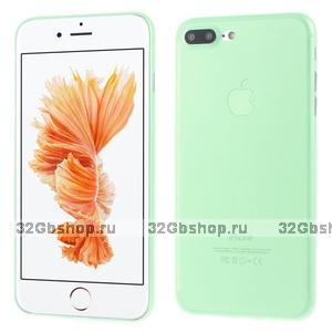 Зеленый ультратонкий пластиковый чехол для iPhone 7 Plus