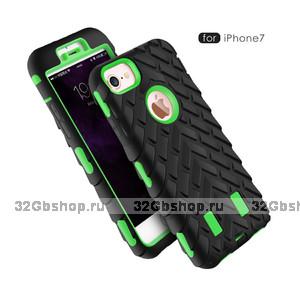Защитный противоударный двухсторонний чехол для iPhone 7 зеленый пластик черный силикон