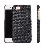 Черный кожаный чехол - накладка для iPhone 7 плетение