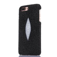 Черный чехол для iPhone 7 Plus из кожи ската