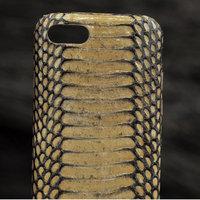 Бежевый чехол для iPhone 7 из кожи змеи