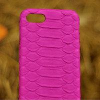 Розовый чехол для iPhone 7 из кожи питона