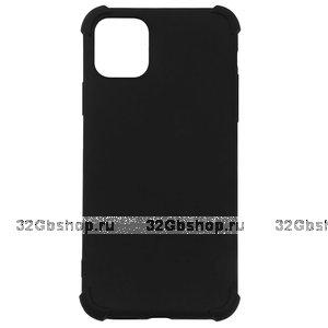 Черный силиконовый чехол для iPhone 11 с усиленными углами