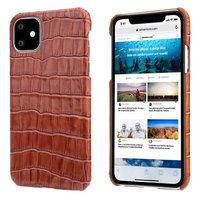 Коричневый чехол из кожи крокодила для iPhone 11 брюшко