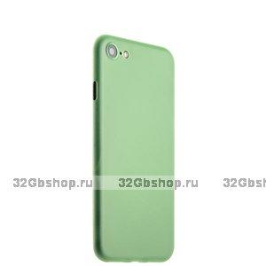 Зеленый тонкий пластиковый чехол iPhone SE2 2020
