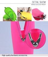 Защитный силиконовый чехол карман для iPhone 5 / 5s / SE / 4 / 3 розовый
