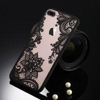 Черная пластиковая накладка для iPhone 6s / 6 с узором