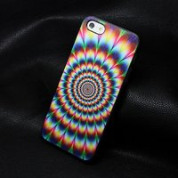 Пластиковый чехол накладка для iPhone 5s / SE / 5 гипнотизирующий рисунок