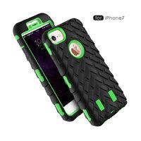 Защитный противоударный двухсторонний чехол для iPhone 7 / 8 зеленый пластик черный силикон