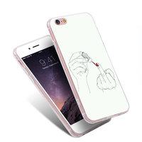 Силиконовый чехол накладка для iPhone 7 / 8 Девушка красит ногти