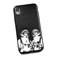 Пластиковый чехол с силиконовым краем для iPhone X 10 черный с рисунком Коты космонавты