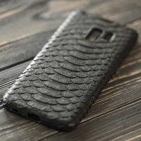 Черный чехол из кожи питона для Samsung Galaxy S9
