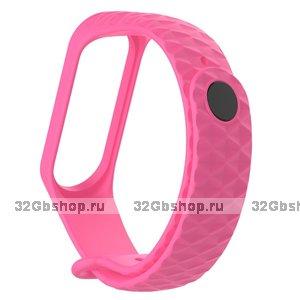 Розовый ребристый силиконовый ремешок для Xiaomi Mi Band 3