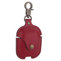 Чехол кожаный COTEetCI Leather Case with Hook для AirPods с карабином Красный