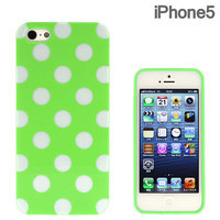 Силиконовый чехол для iPhone 5 / 5s / SE зеленый в белый горошек