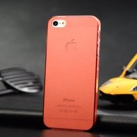 Ультратонкая накладка Ultra Thin Matte Crystal Case 0.5mm для iPhone 5 / 5s / SE красная
