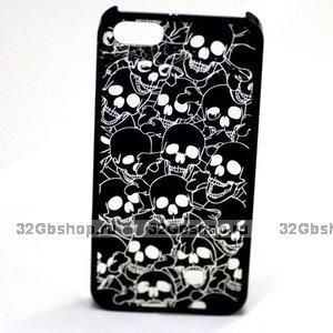 Задняя крышка для iPhone 5 / 5s / SE Skull heads черная