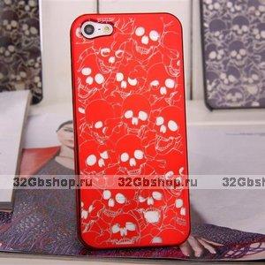 Задняя крышка для iPhone 5 / 5s / SE Skull heads красная